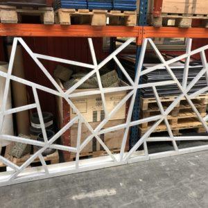 Wasserstrahlschneiden Aluminiumplatten Eingangstor Villa