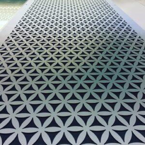 Burmak AG Wasserstrahlschneiden Oberflächenbehandlung Pulverbeschichtung