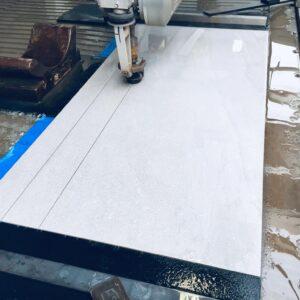 Burmak AG Wasserstrahlschneiden Keramik Sockelleisten