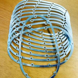 Burmak AG Wasserstrahlschneiden Distanzhalter Zylinderkopf
