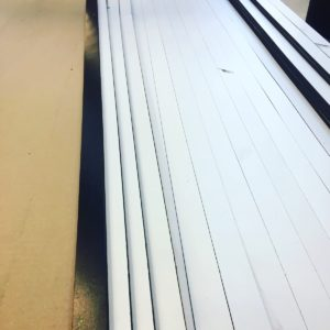 Schneiden Gummi PVC Streifen